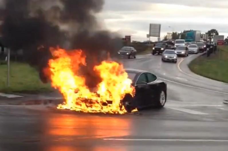 Возгорания аккумуляторов диктуют новые подходы к безопасности